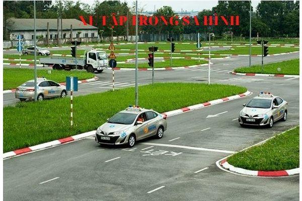 Lệ phí học thi bằng lái xe b1 số tự động tại hà nội