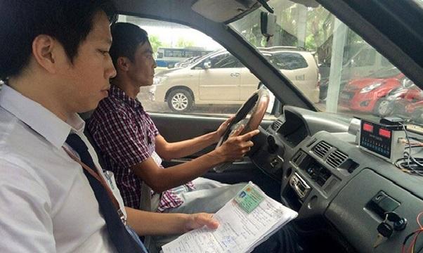 học lái xe ô tô hạng C hình 4