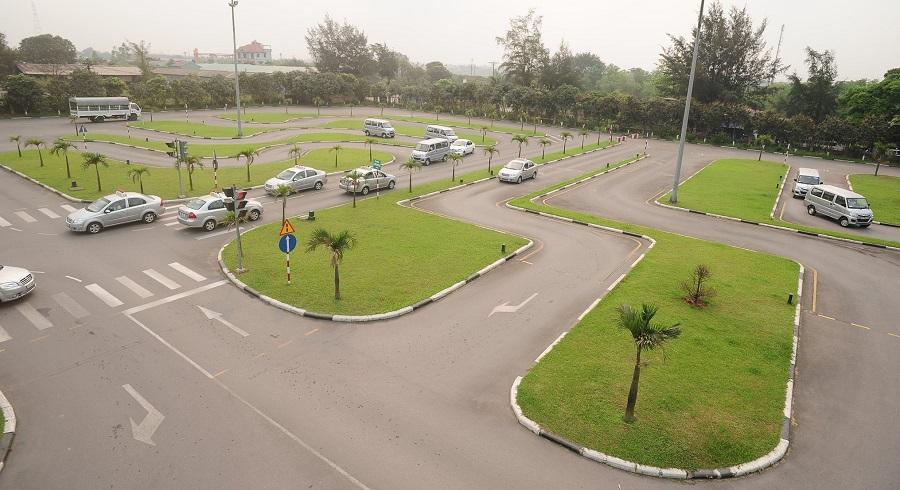 học bằng lái xe b2 hà nội trung tâm c500 hình 2