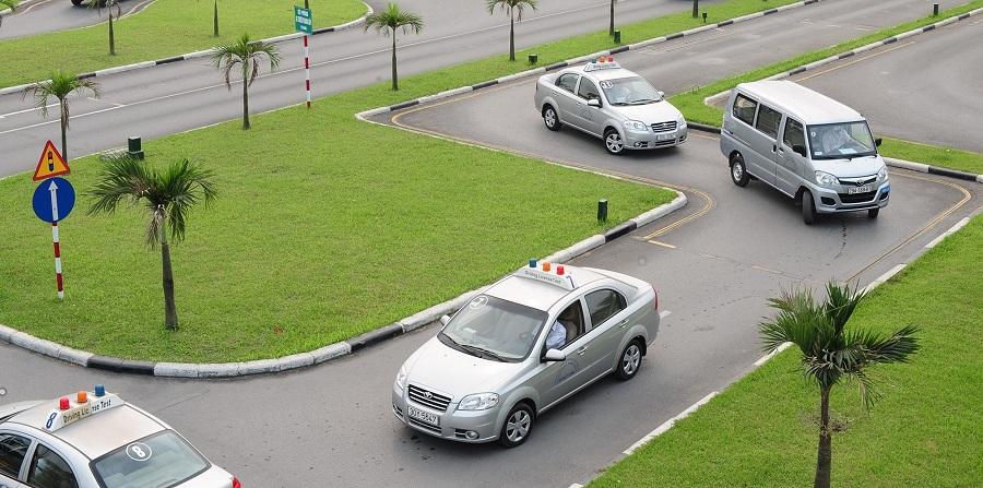 học bằng lái xe b2 hà nội trung tâm c500 hình 4